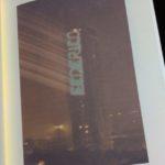 Scritta laser su grattacielo Rimini